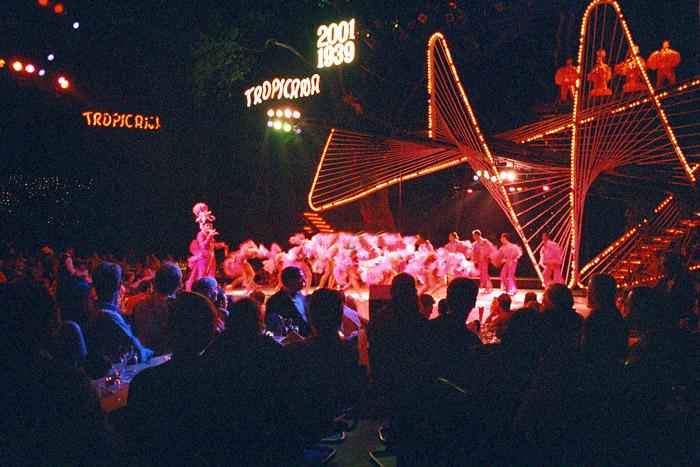 interno cabaret tropicana